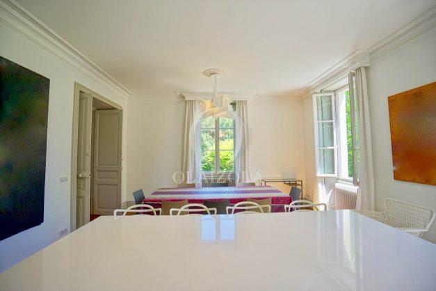 location-vacances-biarritz-appartement-t4-terrasses-jardins-proche-centre-ville-plages-standing-salon-jardin-035