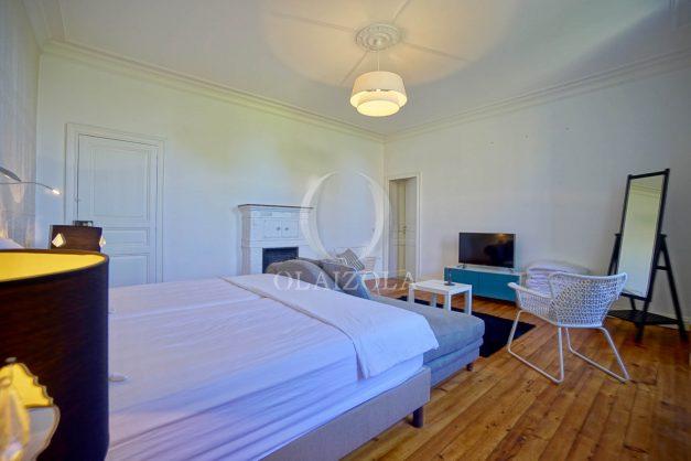 location-vacances-biarritz-appartement-t4-terrasses-jardins-proche-centre-ville-plages-standing-salon-jardin-074