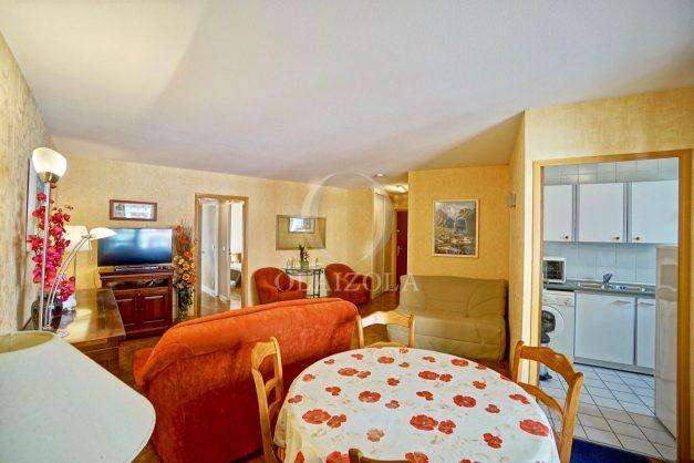 location-vacances-biarritz-appartement-proche-grande-plage-hotel-du-palais-centre-ville-parking-terrasse-balcon-plage-a-pied-2021-007