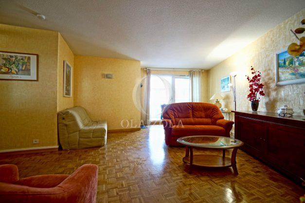 location-vacances-biarritz-appartement-proche-grande-plage-hotel-du-palais-centre-ville-parking-terrasse-balcon-plage-a-pied-2021-010