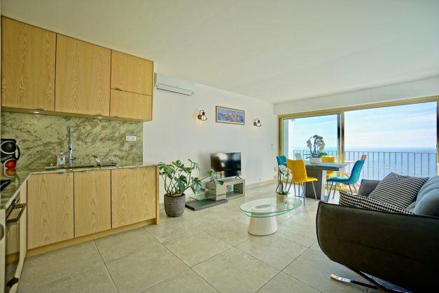 Appartement-Biarritz-T3-location-vacance-incroyable-vue-mer-cote-des-basques-centre-ville-tout-a-pied-climatisation-2021-014