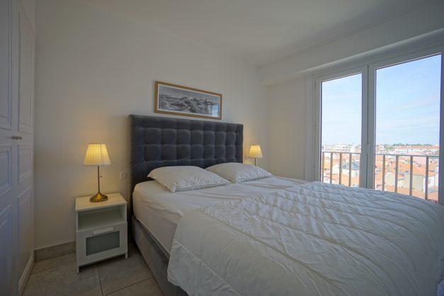 Appartement-Biarritz-T3-location-vacance-incroyable-vue-mer-cote-des-basques-centre-ville-tout-a-pied-climatisation-2021-020