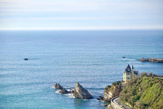 Appartement-Biarritz-T3-location-vacance-incroyable-vue-mer-cote-des-basques-centre-ville-tout-a-pied-climatisation-2021-031